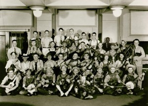 Opry Cast 1934 ©Grand Ole Opry, LLC