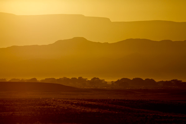 Namibian landscape © Jacques Marais/Africa Media Online
