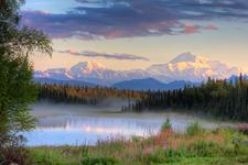 © Mike Criss / Alaska Stock Images